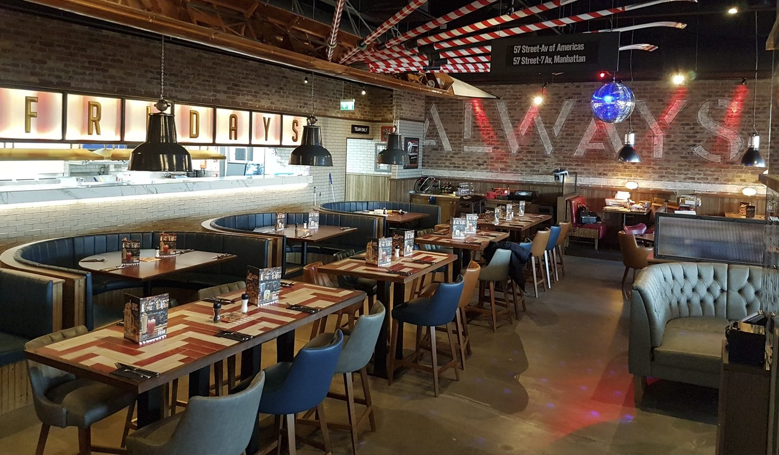 TGI Fridays Restaurant & Kitchen