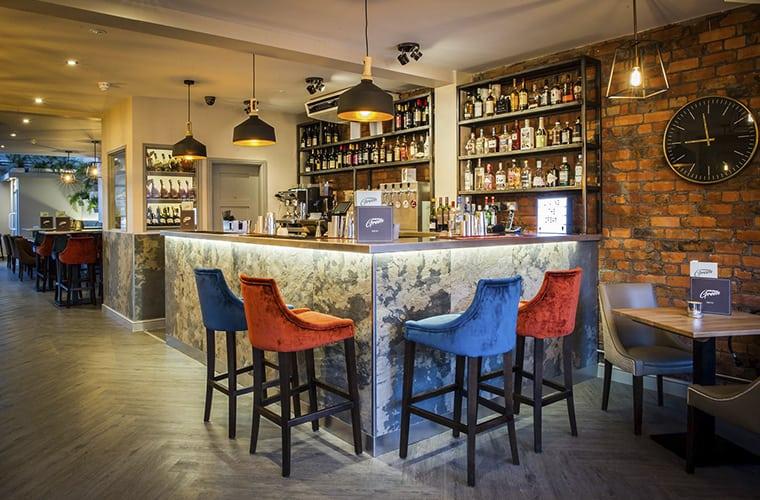 Suburban Green Bar