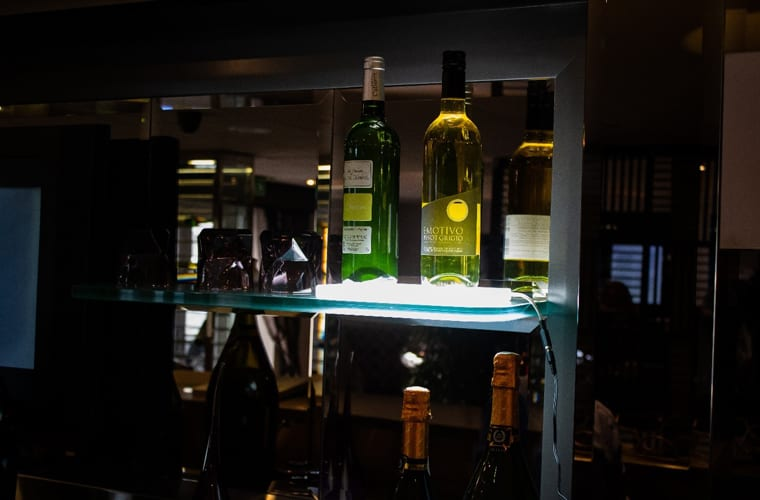 Illuminated Display Shelf