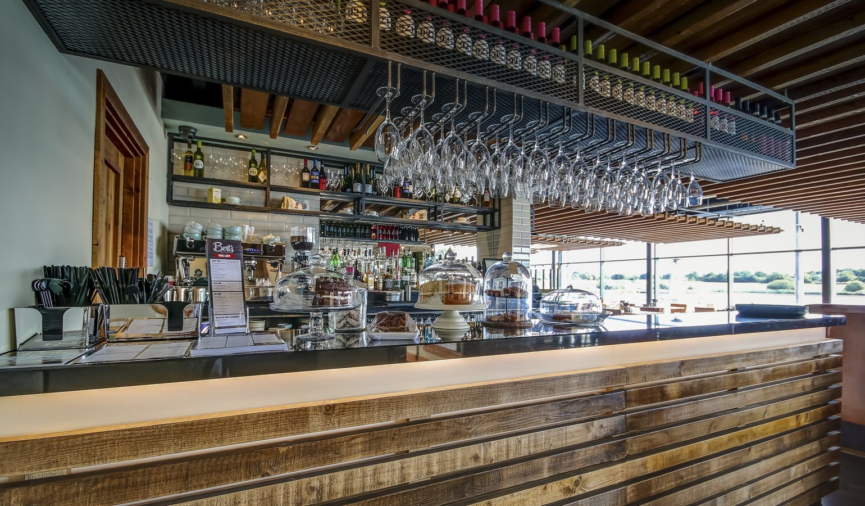Berts Pizzeria Bar