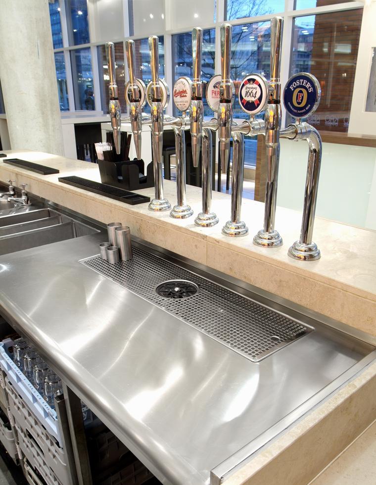 Kro Bar Drink Station