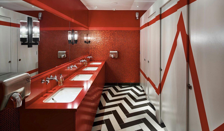 Reds True BBQ Washroom