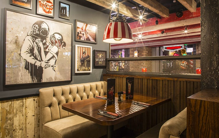 TGI Fridays Fixed Seating